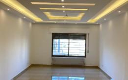 شقة فاخرة للبيع في أجمل مناطق مرج الحمام أرضي 180 + حديقة وترسات 170م