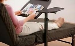 طاولة لابتوب متحركه وقابلة للطي المحموله يمكن استخدامه على التخت بفضل تصميم