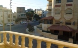شقة للبيع في اسكان الجامعة الاردنية. خلف مدارس اليوبيل شارع ياجوز