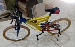 الدراجة بحالة جيدا