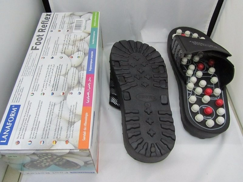 91b8567d6 شبشب مساج القدم و ازالة التعب الطبي لتنشيط الدورة الدموية Foot Massager Sli