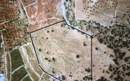 قطع أرضي زراعية مفروزه بمساحات 3.5 - 4 دونم.. موقع مشرف ومميز