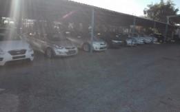 مكتب بيع سيارات